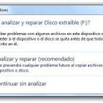 """Eliminar el aviso """"Desea analizar y reparar Disco extraíble"""" en Windows 7"""